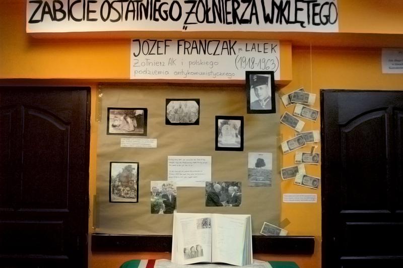 Ekspozycja poświęcona Józefowi Franczakowi (ps. Lalek) – antykomunistycznemu partyzantowi, którego SB wytropiła i zabiła dopiero w roku 1963.