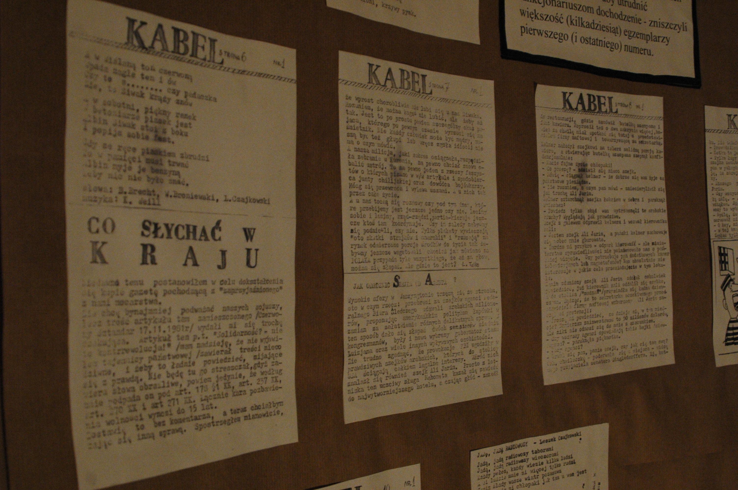 """Kserokopia współredagowanego przez Emila w liceum im. Mikołaja Reja uczniowskiego pisemka """"Kabel"""", którym również zainteresowała się SB (ale czym ona się nie interesowała?)."""