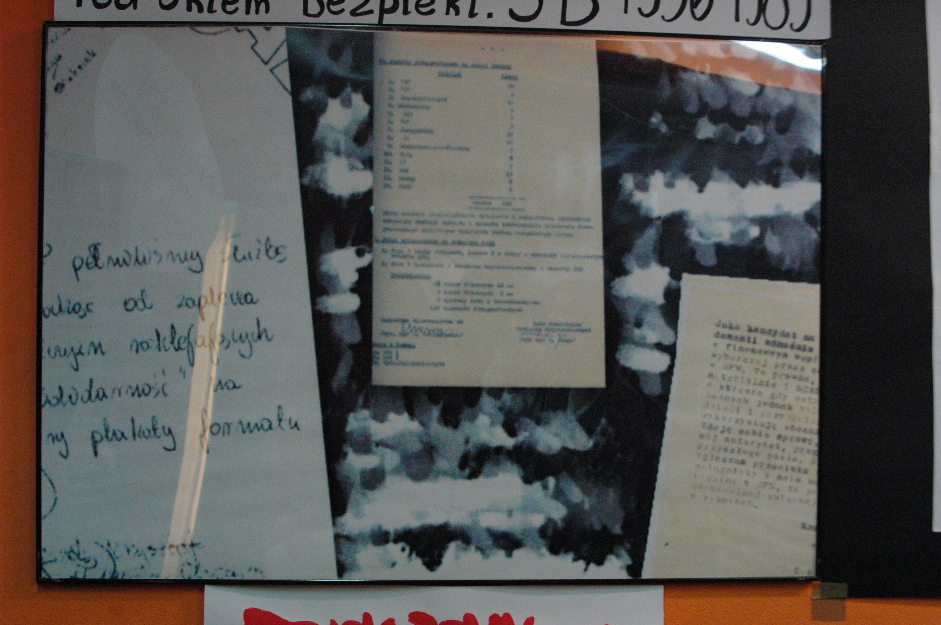 """Sporządzony przez SB w ramach akcji """"Jesień 70"""" dokument z zapotrzebowaniem na sprzęt potrzebny do obserwacji """"nieprawomyślnych"""" zachowań podczas pochodu pierwszomajowego w 1971 roku."""
