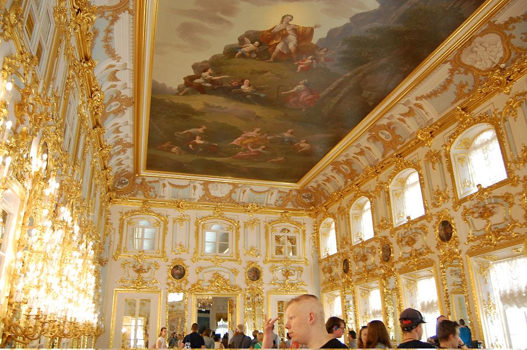 Sala tronowa w Peterhofie