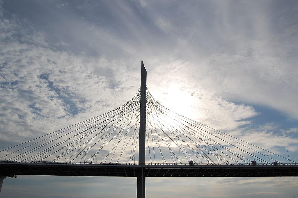 Jeden z 800 mostów miasta